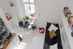 This beautiful small apartment in the images below only has one room and an area of no more than 17 sq meters. What the interior designers did with this place is absolutely fabulous. This small studio is not only very practical, but also looks modern, inviting and original. The white walls and large window give …