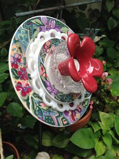 Side view showing center flower. MiMi's Plate Flowers