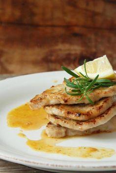 Unser heutiges Mittagessen, das sehr einfach zu machen, schnell und so gut ist!     Zitronenschnitzel: 4 dünne Kalbsschnitzel (oder Schweine- oder Hähnchen-…), je ca. …