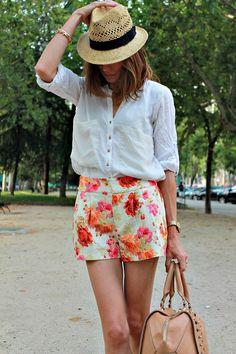 M ientrasmevisto: short floral