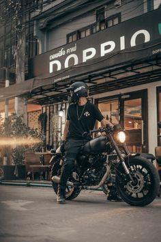 Cafe Racer Bikes, Cafe Racer Motorcycle, Moto Bike, Motorcycle Helmets, Motorcycle Photography, Man Photography, Biker Photoshoot, Ktm Dirt Bikes, Photo Deco