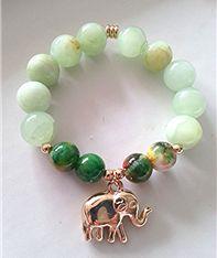 Pulsera elástica de jade con dije de elefante $30