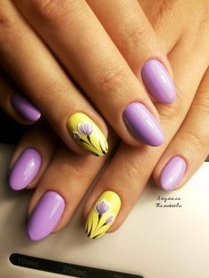Nail art Christmas - the festive spirit on the nails. Over 70 creative ideas and tutorials - My Nails Winter Nails, Spring Nails, Summer Nails, Fall Nails, Yellow Nails Design, Yellow Nail Art, Lavender Nails, Gel Nail Designs, Stylish Nails