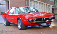 1972 Alfa Montreal (1) Maintenance/restoration of old/vintage vehicles: the material for new cogs/casters/gears/pads could be cast polyamide which I (Cast polyamide) can produce. My contact: tatjana.alic14@gmail.com