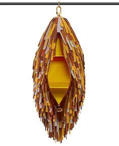 Louis Vuitton vient de lancer une collection d'objets et d'accessoires liés à l'univers du voyage. Intitulée «Objets nomades», celle-ci a été réalisée en collaboration avec une sélection de designers contemporains, parmi lesquels les frères Campana, Maarten Baas, Patricia Urquiola, Nendo, l'Atelier Oï ou encore Christian Liaigre.