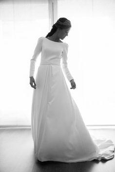 La boda de Julia y Mario Fotografías Click 10 Vestido: Valenzuela  Tocado: Carmen María Mayz