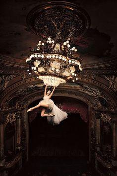 Chandelier swing..Sia's song...incredible