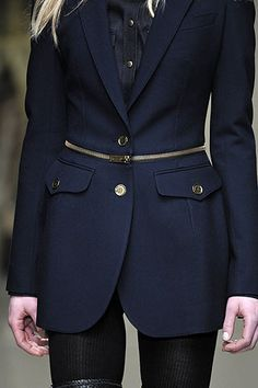 DIY Tutorial: Burberry Prorsum F/W 2010-11 Inspired Blazer