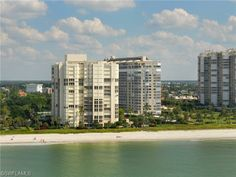 The La Mer High Rise in Park Shore | Naples, Florida.  Built in 1978