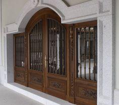 Ejemplos de protección con rejas y persianas