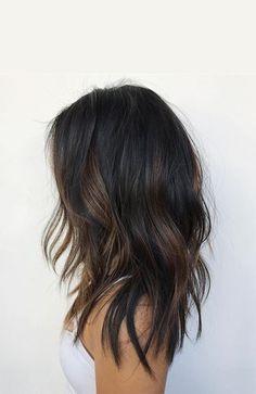 Subtle and Wavy Partial Balayage Hair Medium Hair Cuts, Medium Hair Styles, Curly Hair Styles, Long Black Hair, Long Layered Hair, Short Hair, Medium Black Hair, Short Bangs, Hair Color Balayage