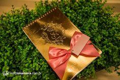 Convite 15 anos , várias opçoes de acabamento, 60 folhas lisas ou timbradas, laço, nome do convidado, varios tamanhos, brasão em relevo seco,individuais no mini envelope+plastificação