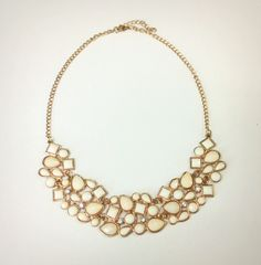 Necklace in nude stones and crystals