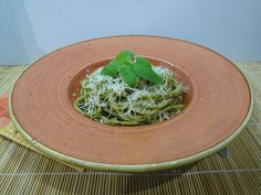 Pesto, Spinach, Cabbage, Spaghetti, Vegetables, Ethnic Recipes, Cabbages, Vegetable Recipes, Noodle