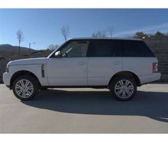 White Range Rover. I just want this, so, so bad.
