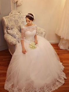 Bateau Neck Ball Gown Half Sleeves Tulle Lace Wedding Dress & inexpensive Wedding Dresses