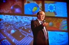 Ray Kurzweil's 5 Mind-Boggling Predictions for the Next 25 Years and important reminders that we are living in the most exciting time in human history. Ted Talks, Ray Kurzweil, Live And Learn, Cloud Computing, Your Brain, The Next, Science Fiction, Sci Fi, Mindfulness