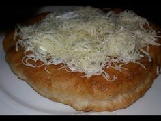 Romanian Food, Food Stations, Hungarian Recipes, The Dish, Sour Cream, Food Videos, Gem, Cabbage, Sweets