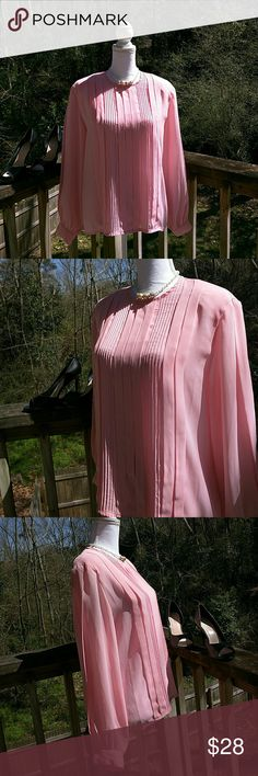 """!SALE! HOST PICK Jaclyn Smith Blouse Size 14 Pink Long sleeve Bust armpit to armpit 22"""" Shoulder to shoulder 17"""" Length 25"""" Slightly sheer Jaclyn Smith Tops Blouses"""