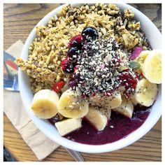 "215 Likes, 7 Comments - KENDRA (@kendrawoodley) on Instagram: ""Raw Acai Bowl from @sadhanakitchen #VEGAN"""