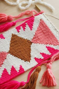 Creating Shapes in Your Weavings