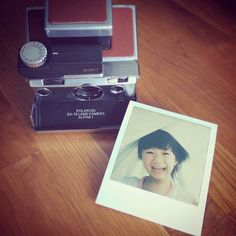 Portrait | Photographer: IG@glassydream | Camera: SLR670m | Polaroid | Impossible Project | instant | photography | girl | kid | smile | square | family