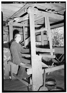 7.  MARGARET WALKER, 91, AT THE LOOM - Walker Family Farm (General views), Gatlinburg, Sevier County, TN