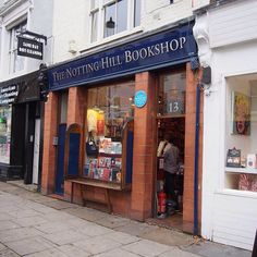I also met Hugh Grant there #nottinghill #bookshop