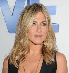 "Jennifer Aniston Photo - ""Five"" New York Screening"
