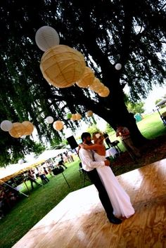 - New backyard wedding dance floor beautiful 43 ideas Diy Wedding Dance Floor, Summer Wedding, Dream Wedding, Trendy Wedding, Outdoor Dance Floors, Outdoor Flooring, Outside Wedding, Wedding Backyard, Getting Married