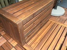 Rental friendly outdoor storage bench and wall panel Screws And Bolts, Wood Screws, Free Standing Wall, Outdoor Storage, Bench, Flooring, Pallet Ideas, Table