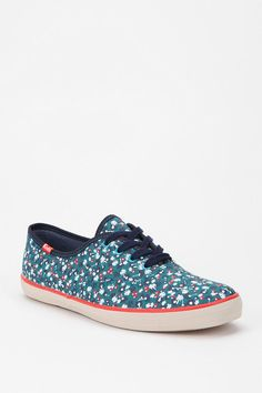 Feelin' floral #urbanoutfitters #floral #keds