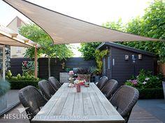 Pergola With Glass Roof Diy Pergola, Pergola Swing, Outdoor Pergola, Pergola Plans, Outdoor Decor, Modern Pergola, Structure Paint, Timber Structure, Roof Styles