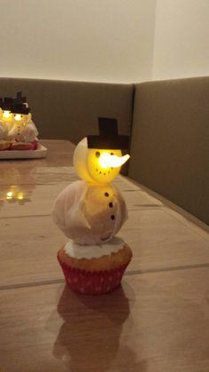 Traktatie Karlijn's verjaardag Sneeuwpop, winter