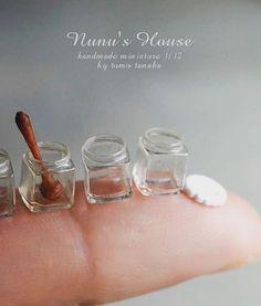 角瓶って中身入れないほうが好き。 #miniature #ミニチュア