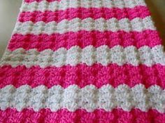 Free pattern for 'Pink Shells' Baby Blanket.. or you could make it any colour…..