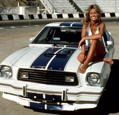 Farrah Fawcett on a Mustang 1976 Cobra II from the series Charlie's Angels