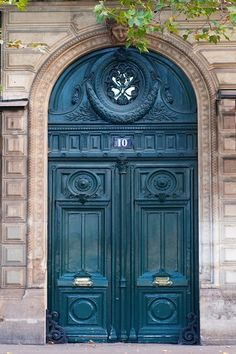 Teal elegance. Door #10 ~