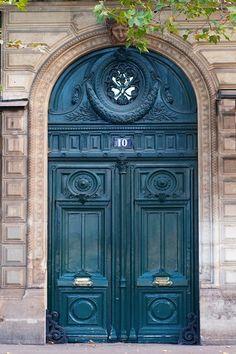 Teal elegance. Door #10 ~