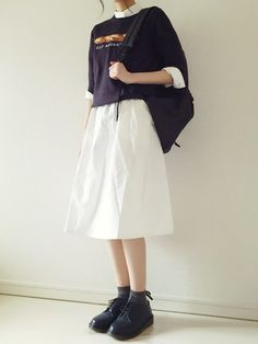 sweater / button up / skirt / creepers / backpack Pretty Outfits, Cool Outfits, Casual Outfits, Japan Fashion, Look Fashion, Fashion Design, Modest Fashion, Fashion Outfits, Long Skirt Fashion