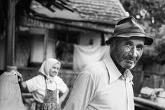 the man and his wife / film / analog City People, 35mm Film, The Man, Documentaries, Black And White, Faces, Street, Black White, Face