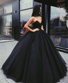 black ball gowns wedding dress,strapless wedding dress,black prom dresses ball gowns,black quinceanera dresses