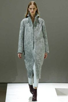 Jil Sander | Fall 2014 Ready-to-Wear Collection | Style.com #Minimalist #Minimalism #Fashion