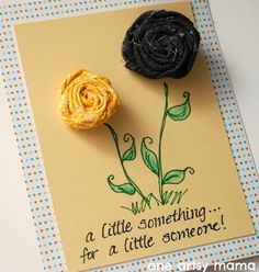 One Artsy Mama: Flower Clip Card - perfect for extra flowers, need to make these to go w/ my headbands.