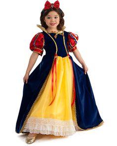 Snow White Costume, super beautiful!