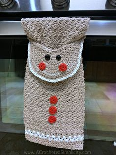 Free Crochet Pattern - Gingerbread Man Kitchen Towel by A Crocheted Simplicity kostenlos häkeln Gingerbread Man Kitchen Towel - Free Crochet Towel Pattern - A Crocheted Simplicity Crochet Dish Towels, Crochet Towel Topper, Crochet Kitchen Towels, Crochet Dishcloths, Crochet Gifts, Free Crochet, Crochet Baby, Knit Crochet, Christmas Towels