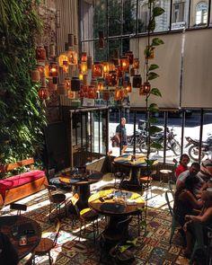Lugar muy hermoso e com comida ótima: El Club de la Milanesa  #malasepanelas #comemilanesa #elclubdelamilanesa #buenosaires #arquitetura #viagem #travelgram