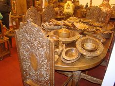 Great photos of Walnut wood carving,Heritage of Kashmir ...