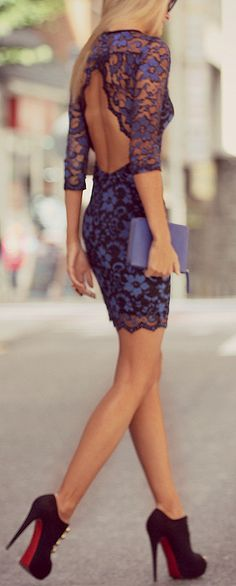 This fully royal blue laced dress is exceptional. A great length, and then the best for last, the triangle backless design. Estilo Fashion, Look Fashion, Fashion Beauty, Womens Fashion, Pretty Dresses, Sexy Dresses, Beautiful Dresses, Gorgeous Dress, All About Fashion