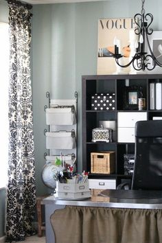 """From """"Keeping Your Home Office Organized""""— tips and tricks for a stylish and well-kept office... Love this black and white look. #design #decor #home #organization #desk #storage #shelves"""